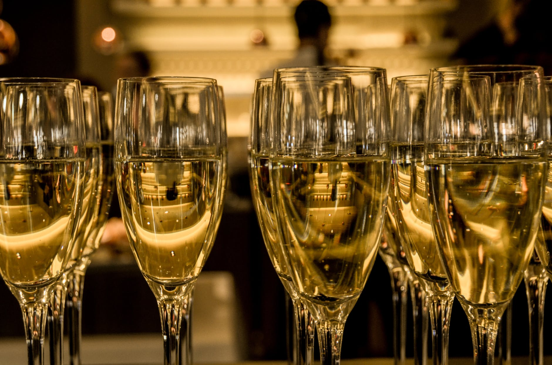 new-year-s-eve-ceremony-champagne-sparkling-wine.jpg